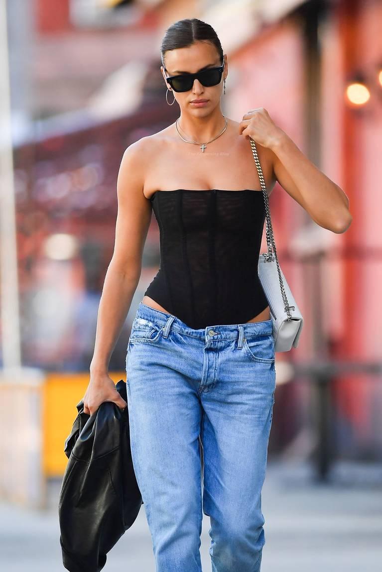 Irina Shayk Sexy 25