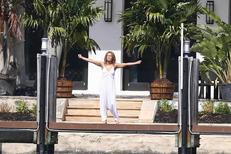 Jennifer Lopez Sexy 27