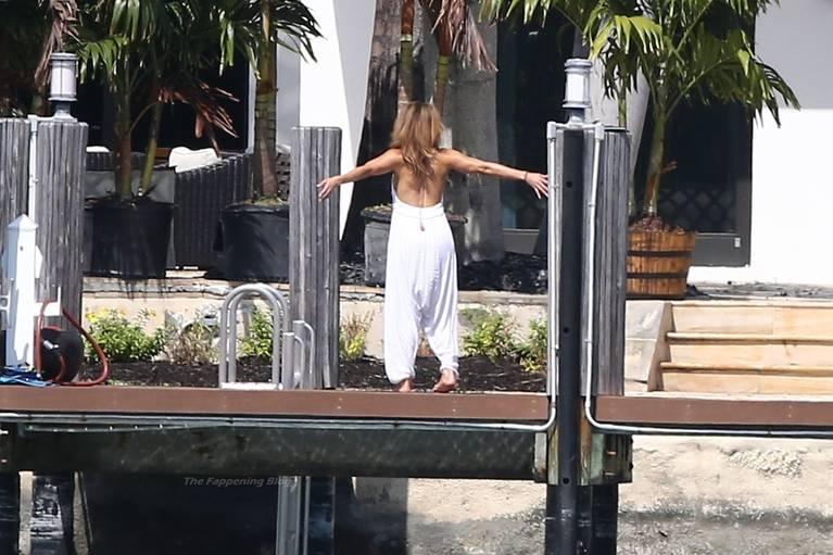Jennifer Lopez Sexy 41