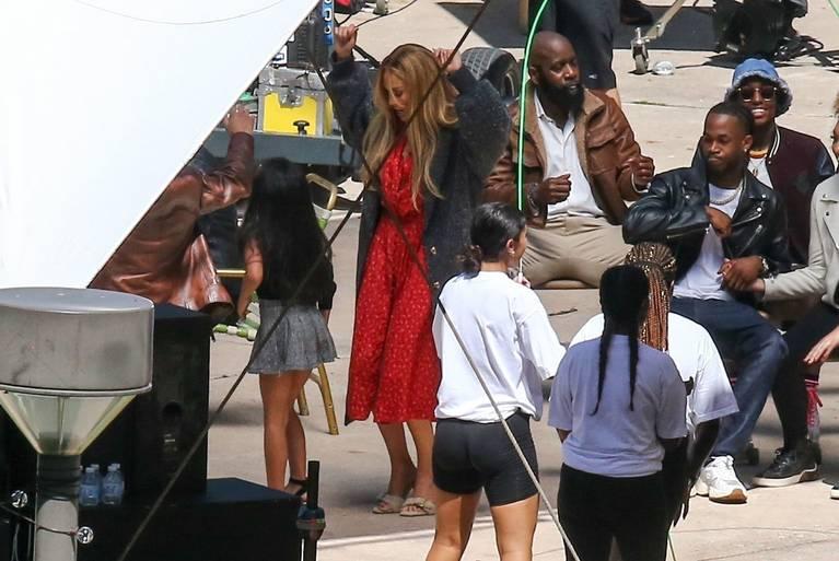 Jennifer Lopez Dress 19