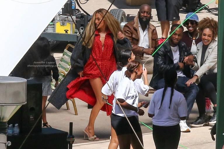 Jennifer Lopez Dress 24
