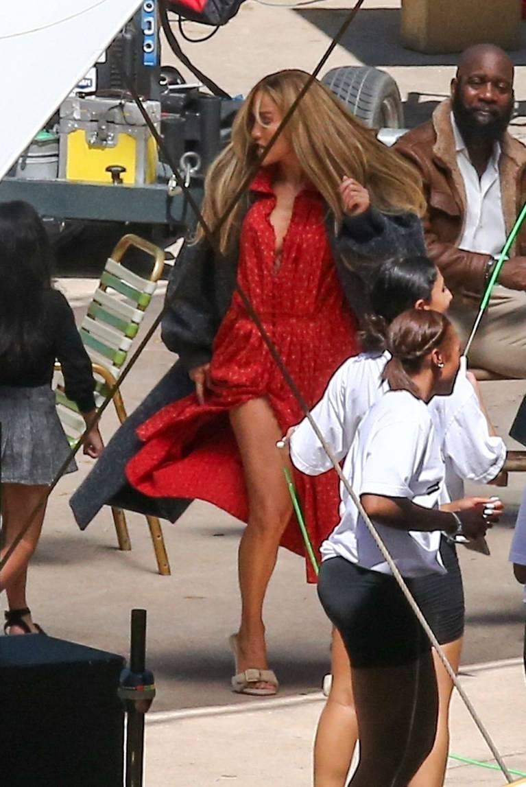 Jennifer Lopez Dress 77