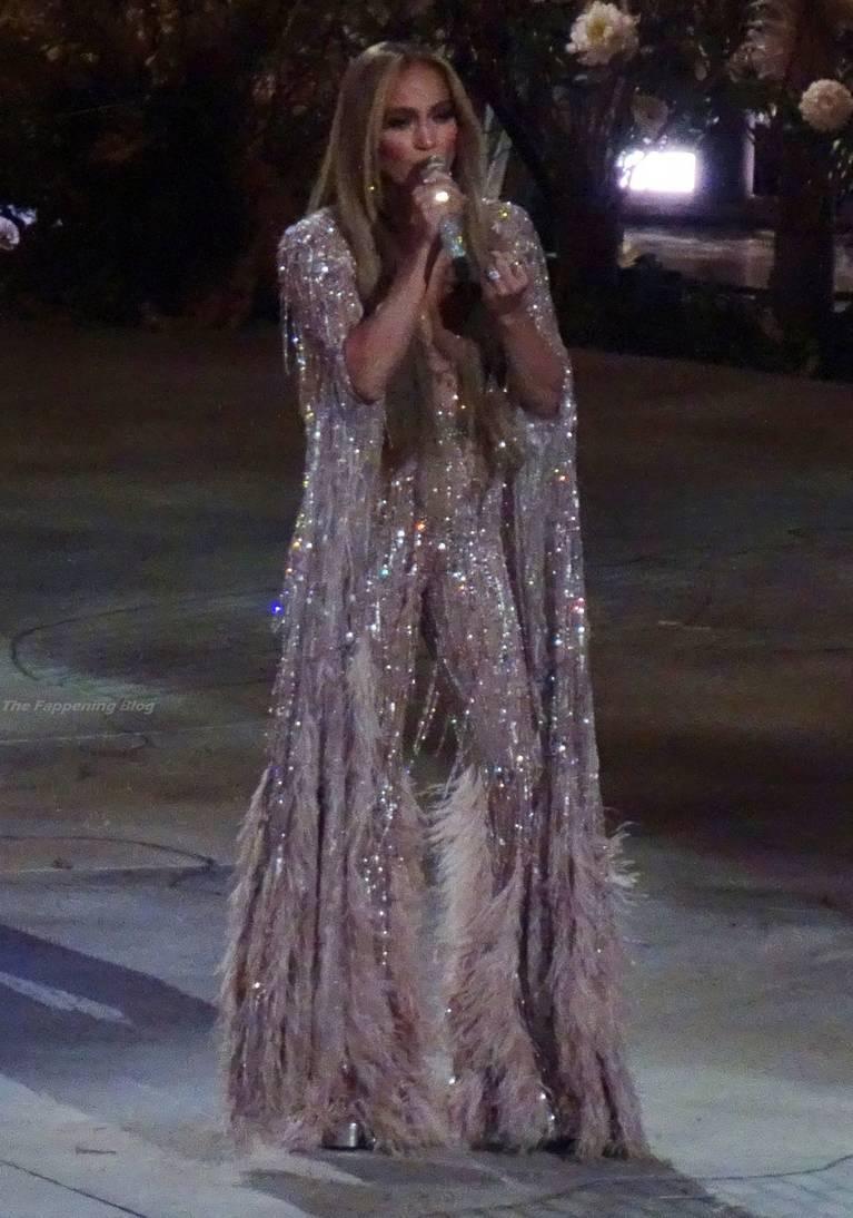 Jennifer Lopez Sexy 21
