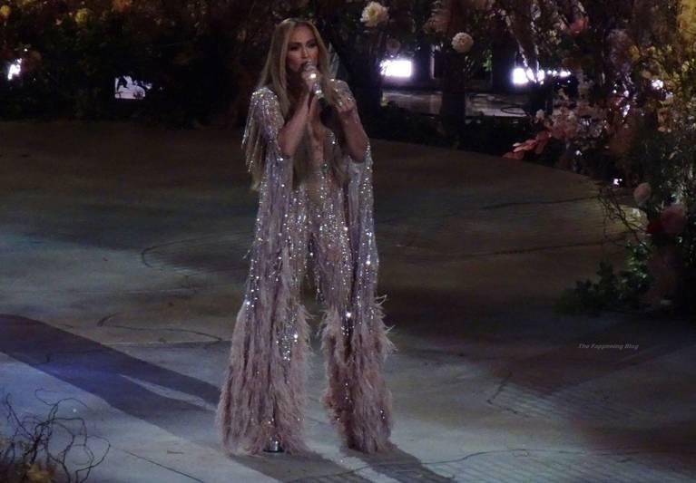 Jennifer Lopez Sexy 22