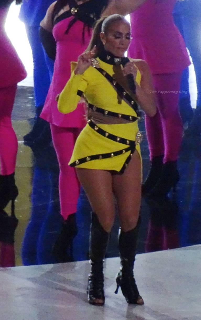 Jennifer Lopez Sexy 23