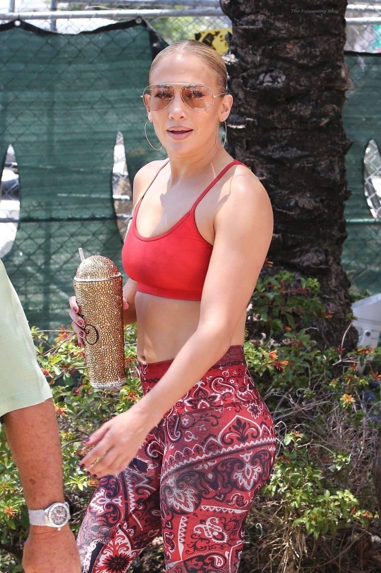 Jennifer Lopez Tits Butt 15