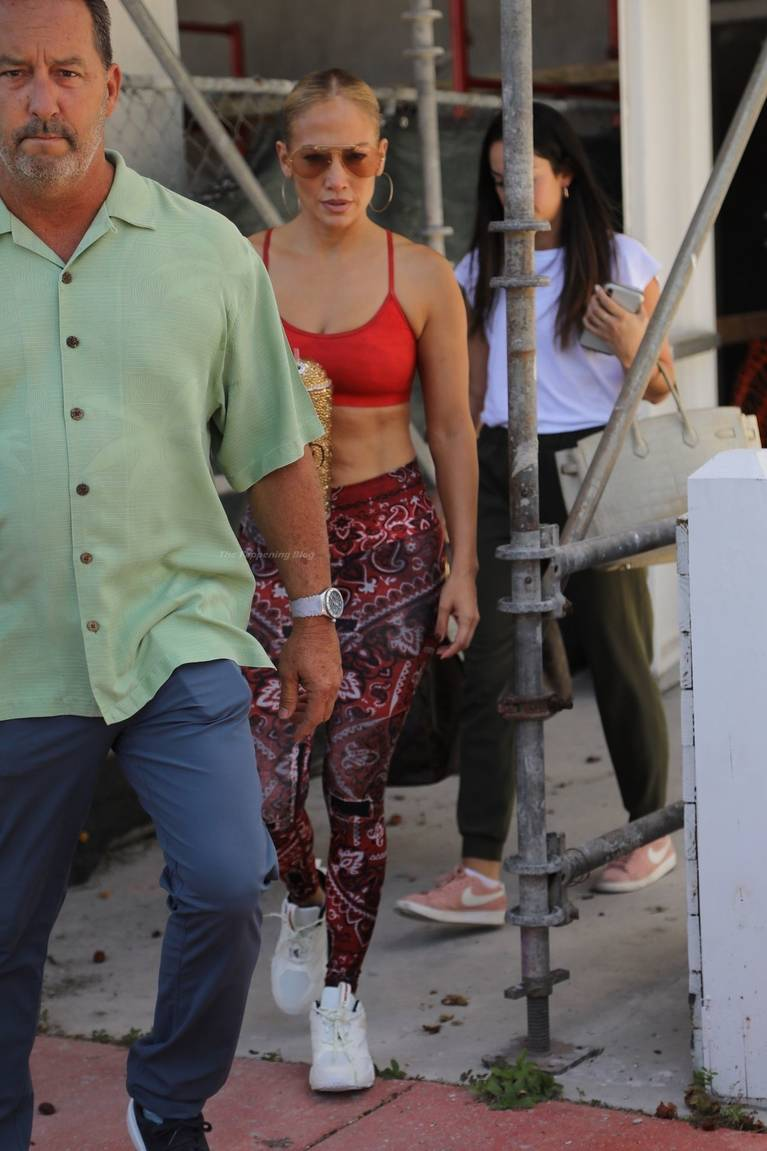 Jennifer Lopez Tits Butt 35