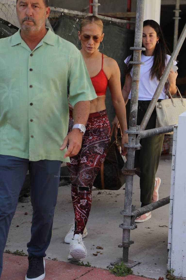 Jennifer Lopez Tits Butt 38