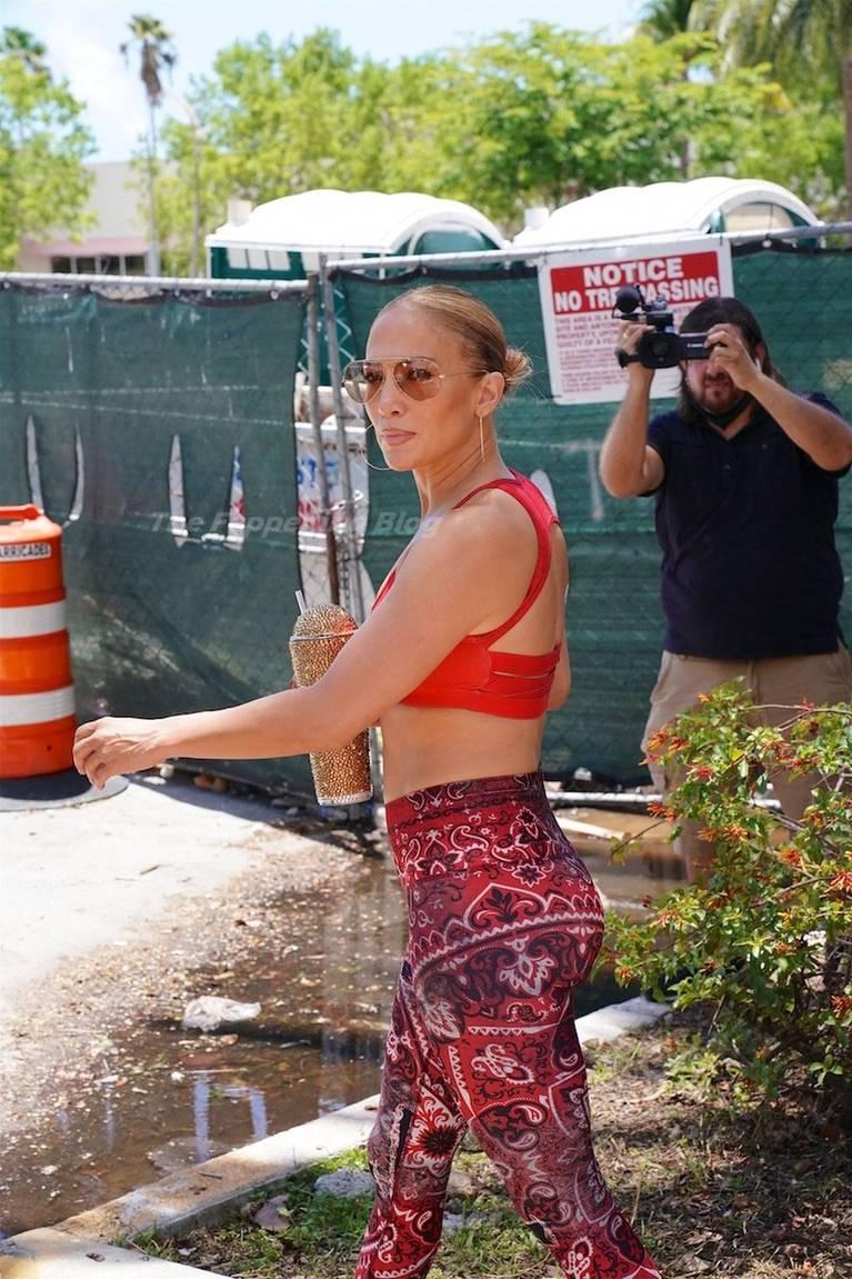 Jennifer Lopez Tits Butt 47