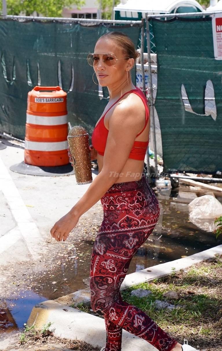 Jennifer Lopez Tits Butt 51