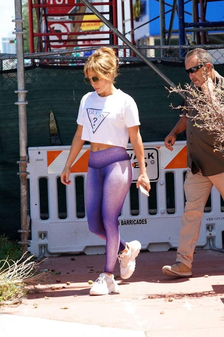 Jennifer Lopez Sexy 65