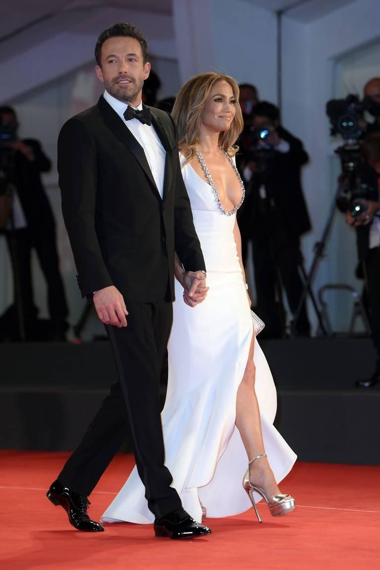 Jennifer Lopez Dress 1