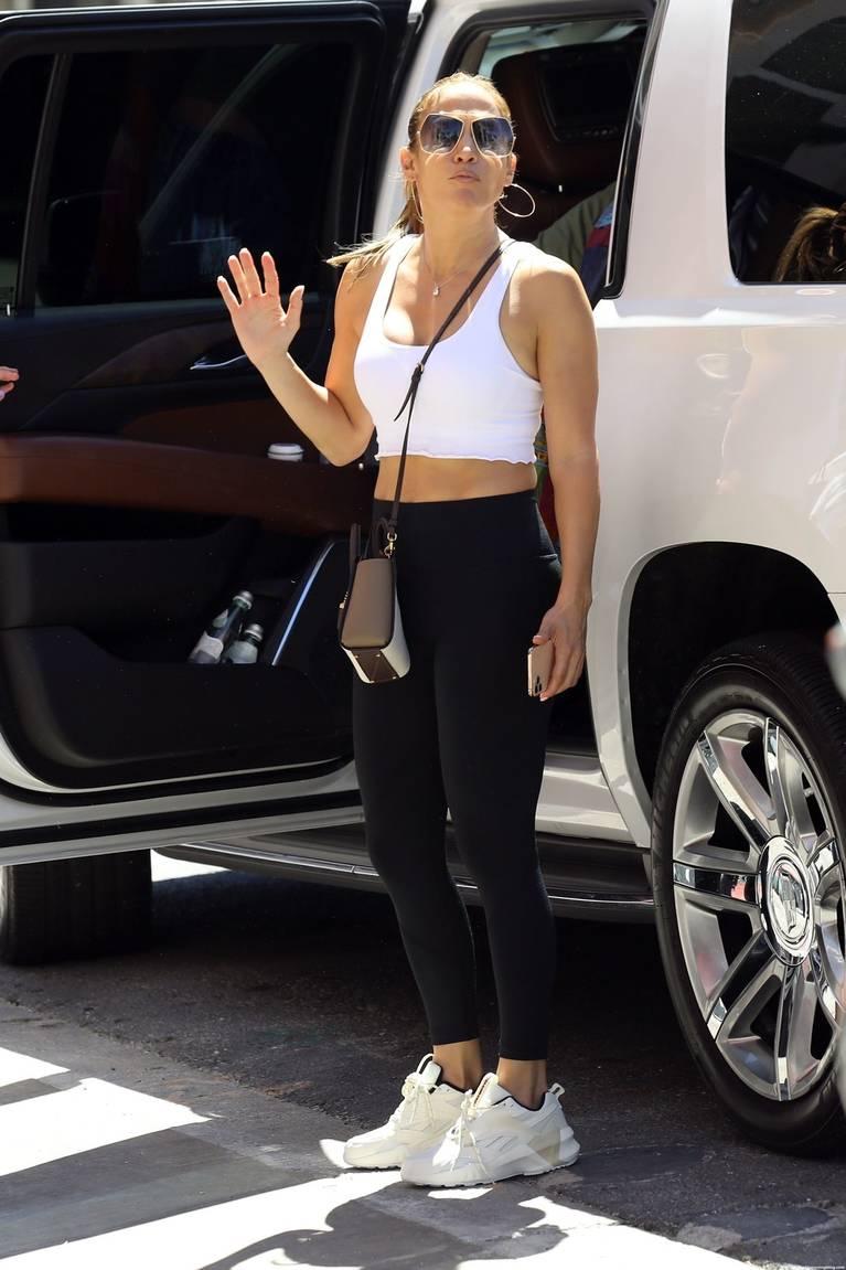 Jennifer Lopez Sexy 14