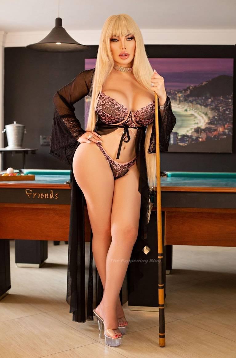 Jessica Alves Butt 6