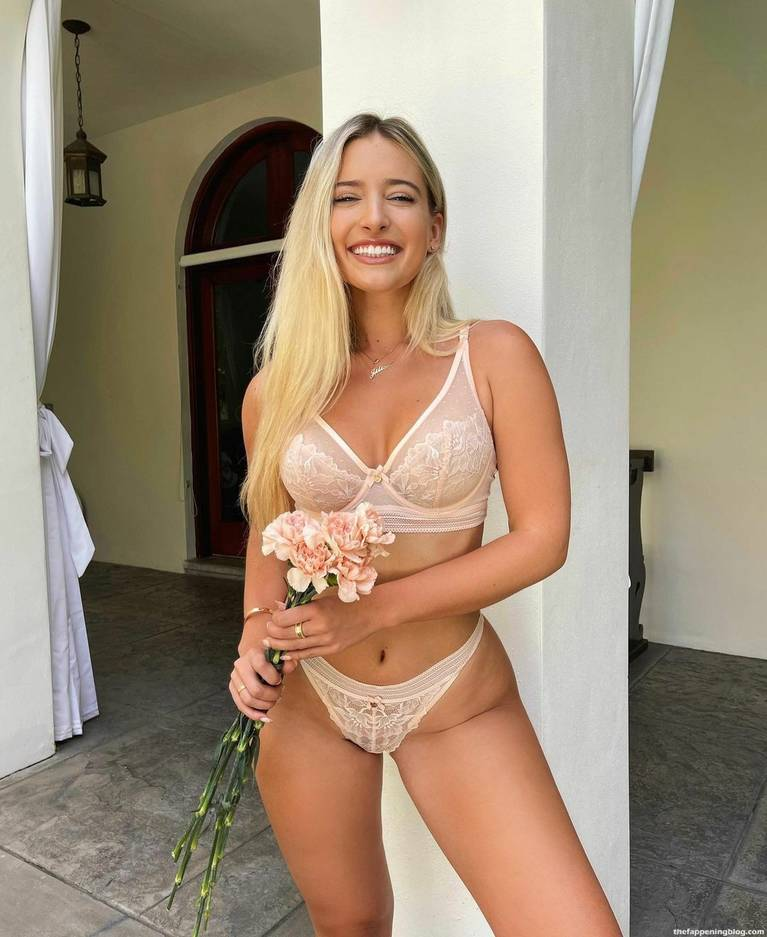 Jilissa Zoltko Sexy 5