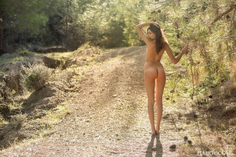 Katrine Pirs Nude Sexy 49