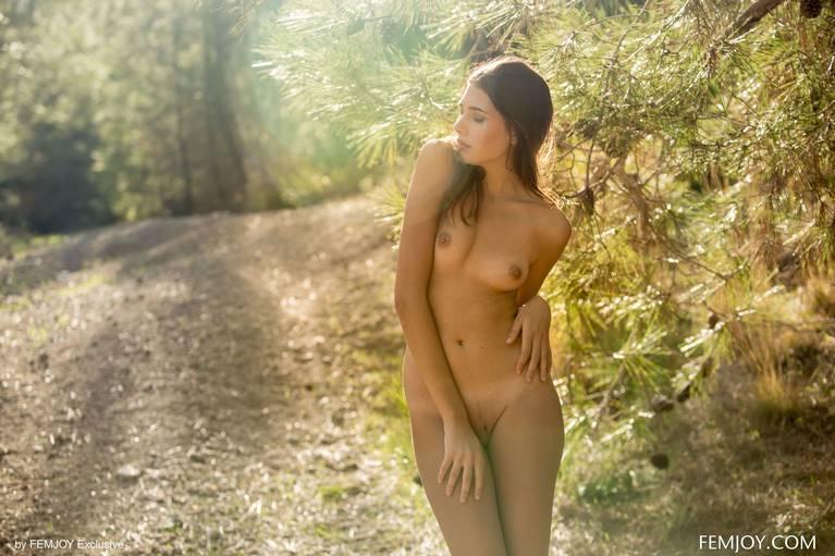 Katrine Pirs Nude Sexy 54