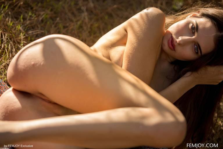 Katrine Pirs Nude Sexy 76