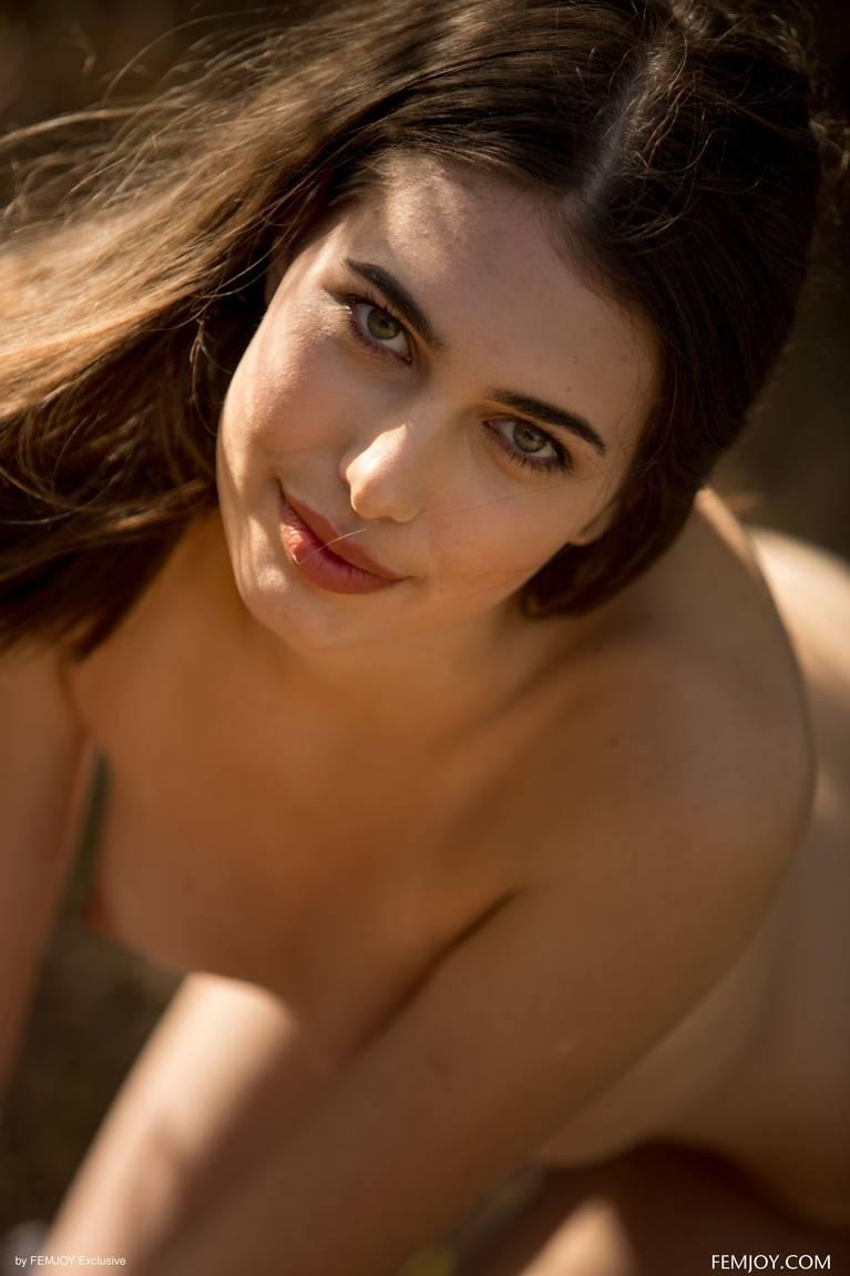 Katrine Pirs Nude Sexy 83