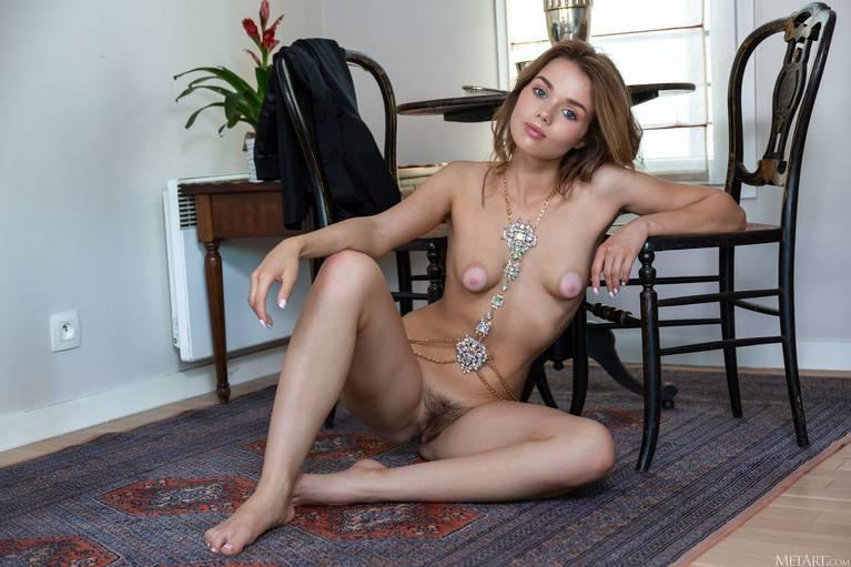 Keira Blue Nude 76