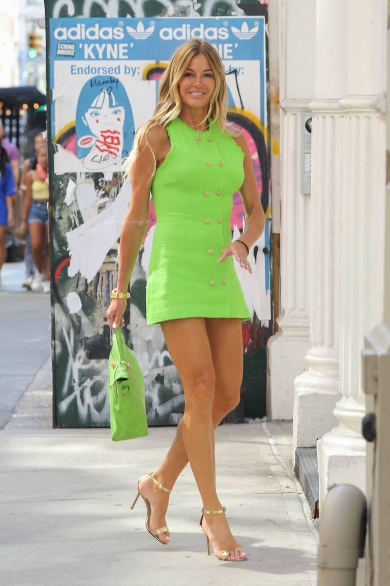 Kelly Bensimon Sexy Legs 1