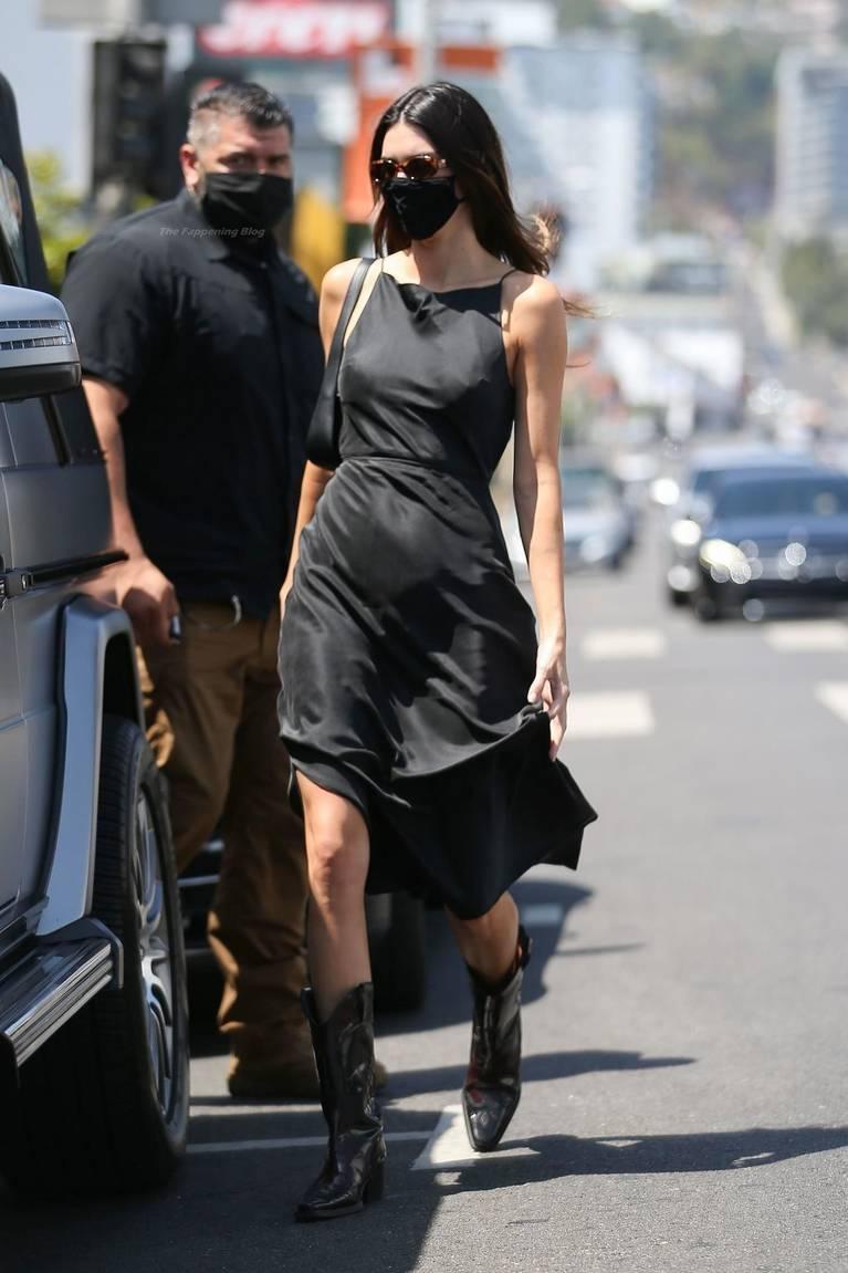 Kendall Jenner Dress 1
