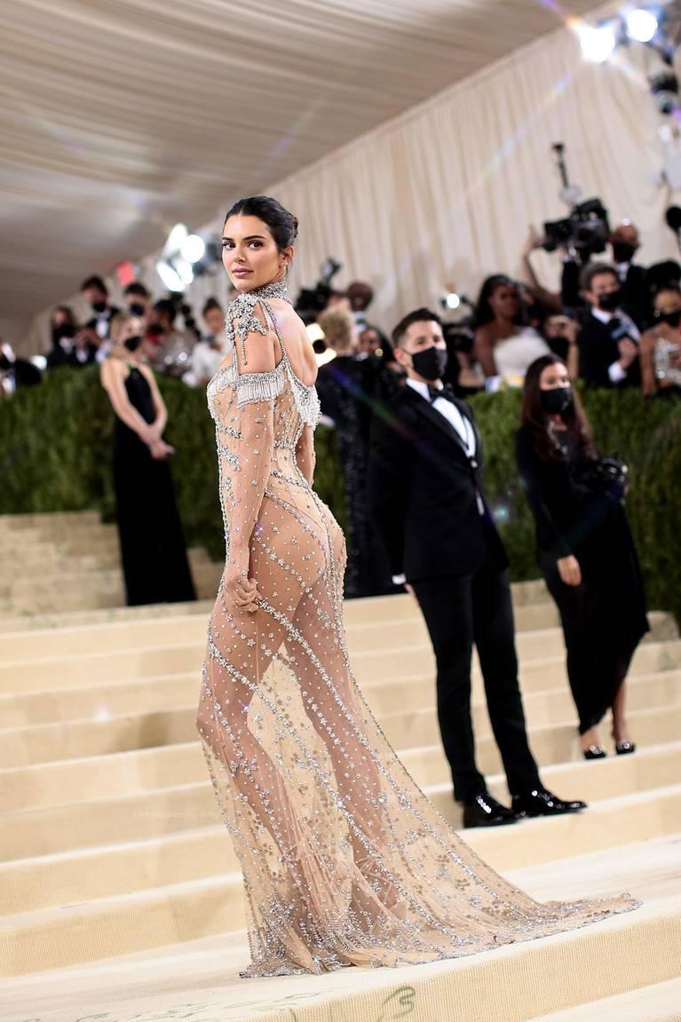 Kendall Jenner Naked Dress 14