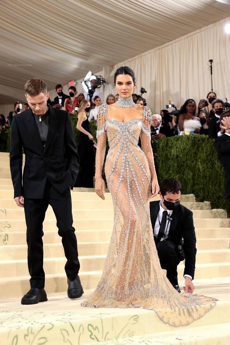 Kendall Jenner Naked Dress 15