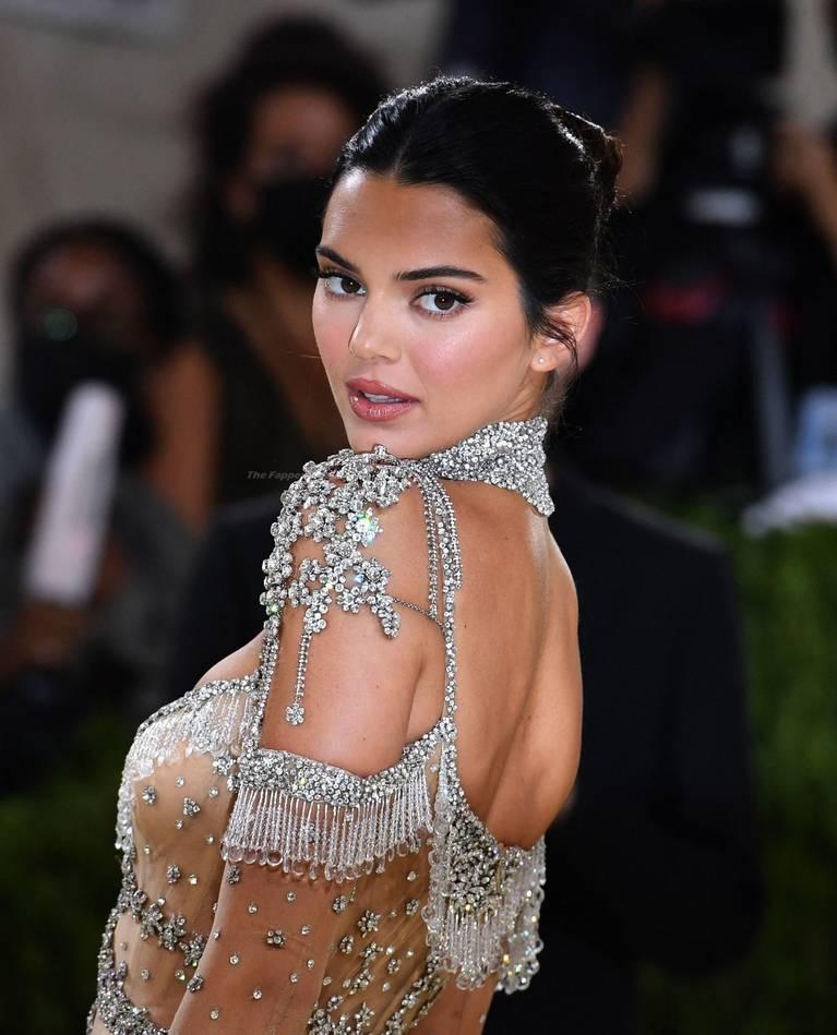 Kendall Jenner Naked Dress 29