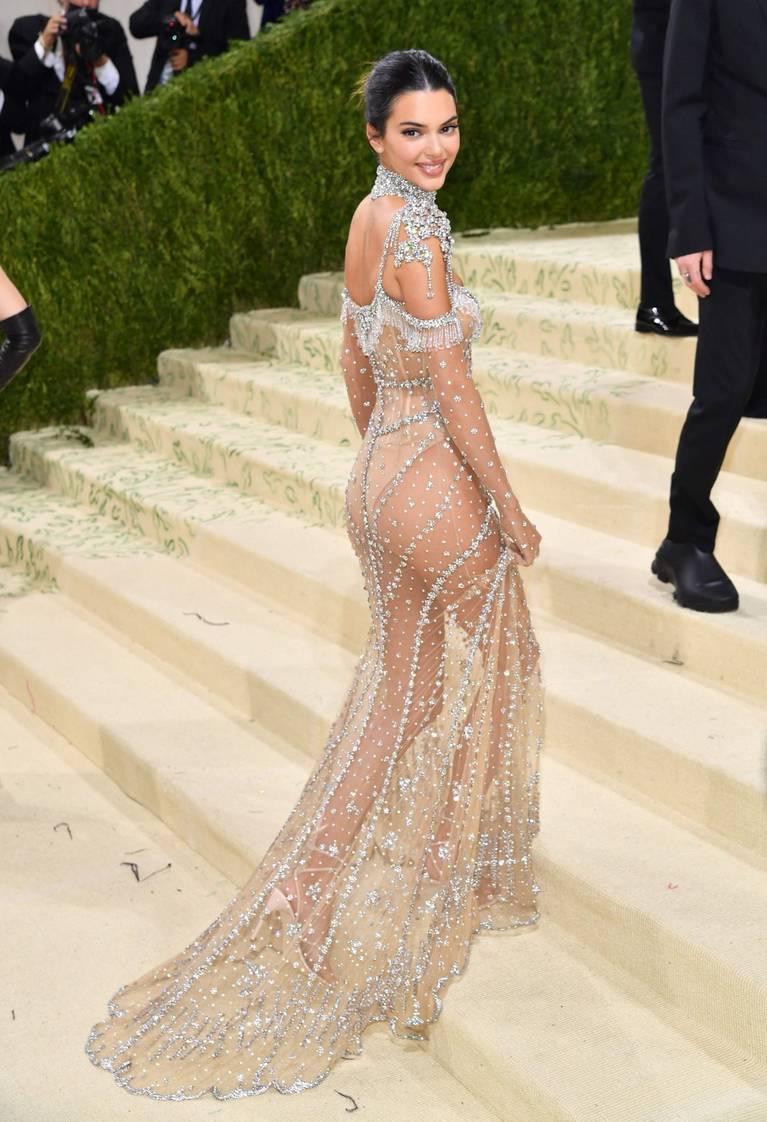 Kendall Jenner Naked Dress 33
