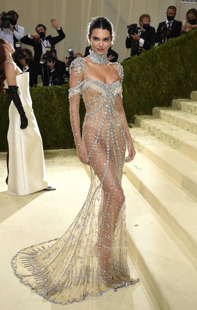Kendall Jenner Naked Dress 41
