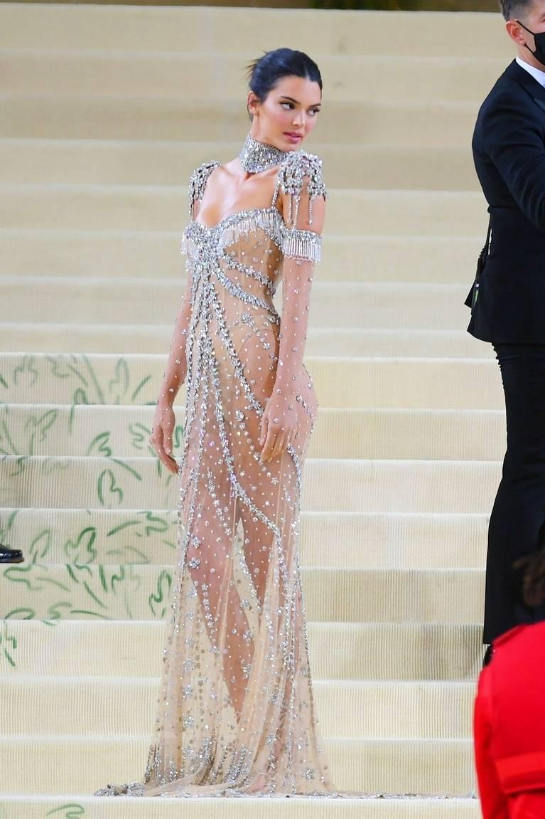 Kendall Jenner Naked Dress 43