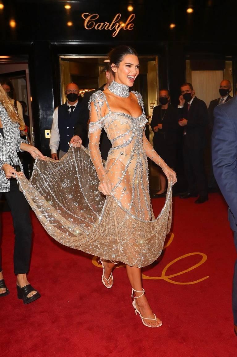 Kendall Jenner Naked Dress 65