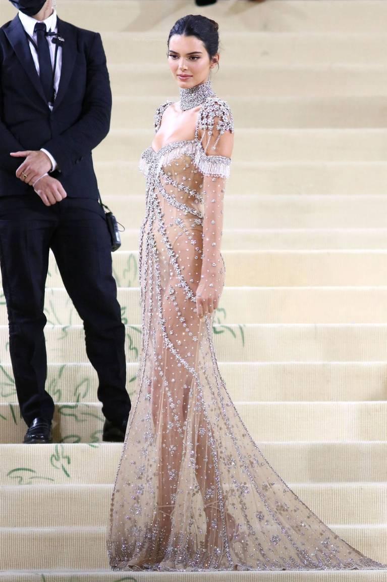 Kendall Jenner Naked Dress 80