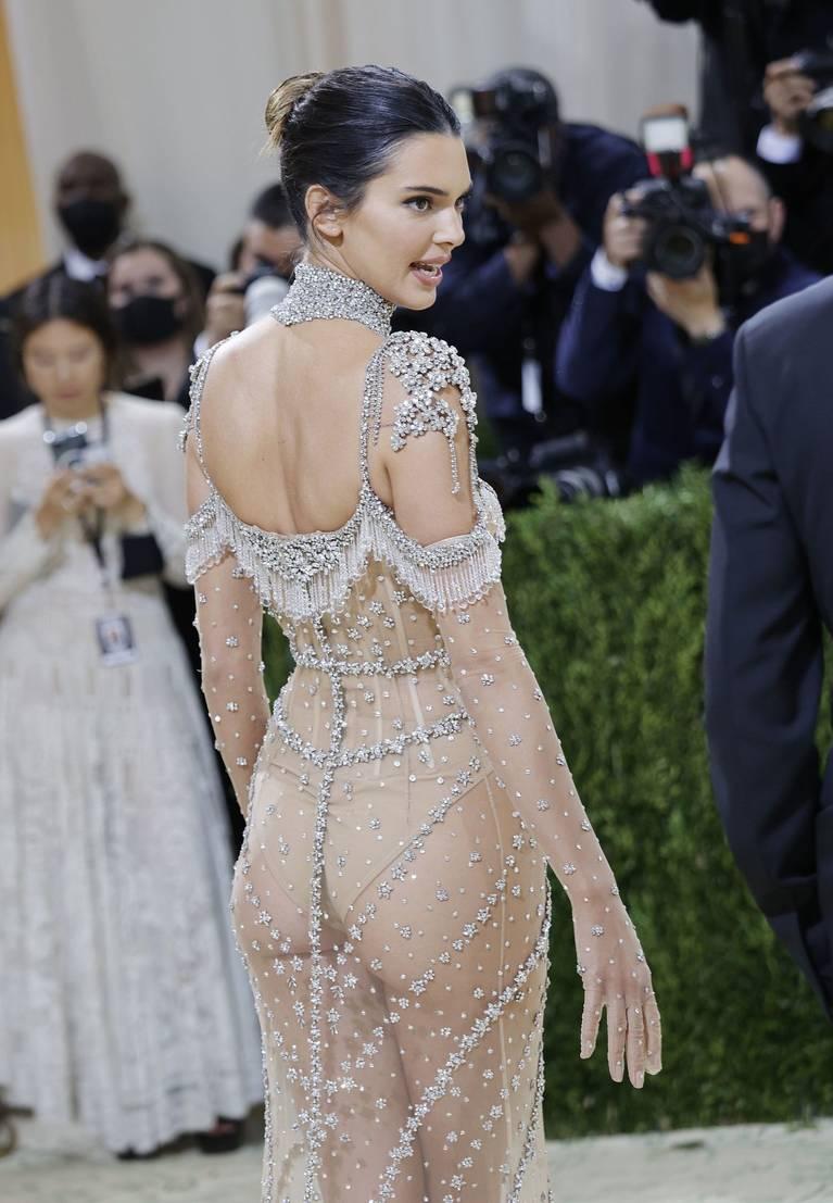 Kendall Jenner Naked Dress 98