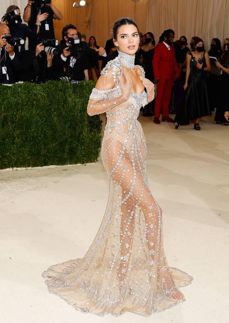 Kendall Jenner Naked Dress 101