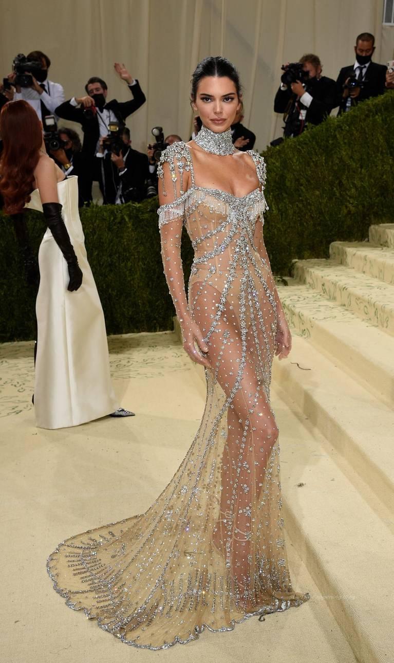 Kendall Jenner Naked Dress 106