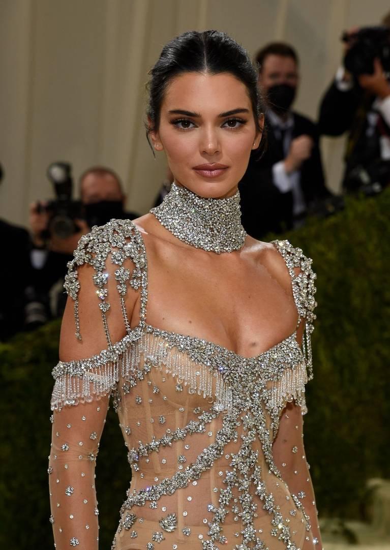 Kendall Jenner Naked Dress 107