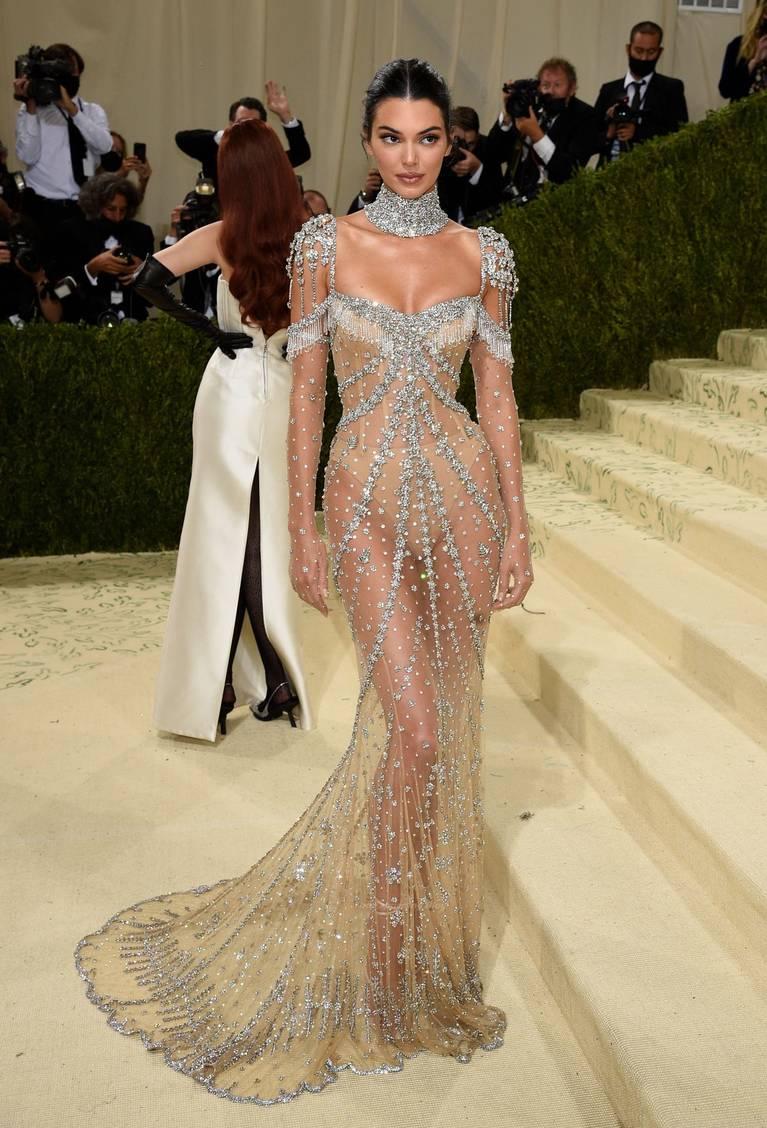 Kendall Jenner Naked Dress 111