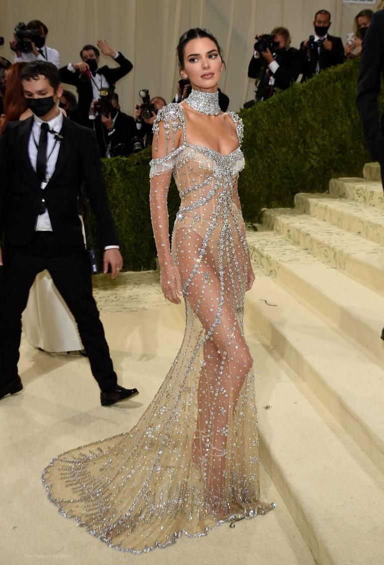 Kendall Jenner Naked Dress 114