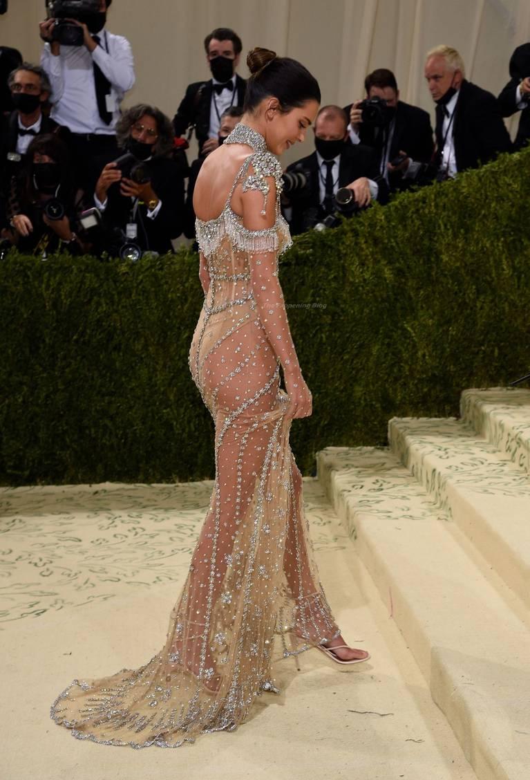 Kendall Jenner Naked Dress 117