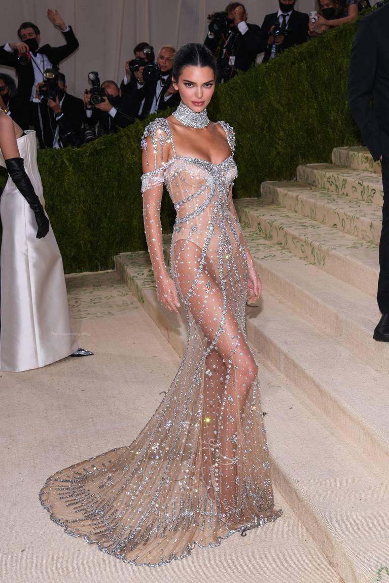 Kendall Jenner Naked Dress 151