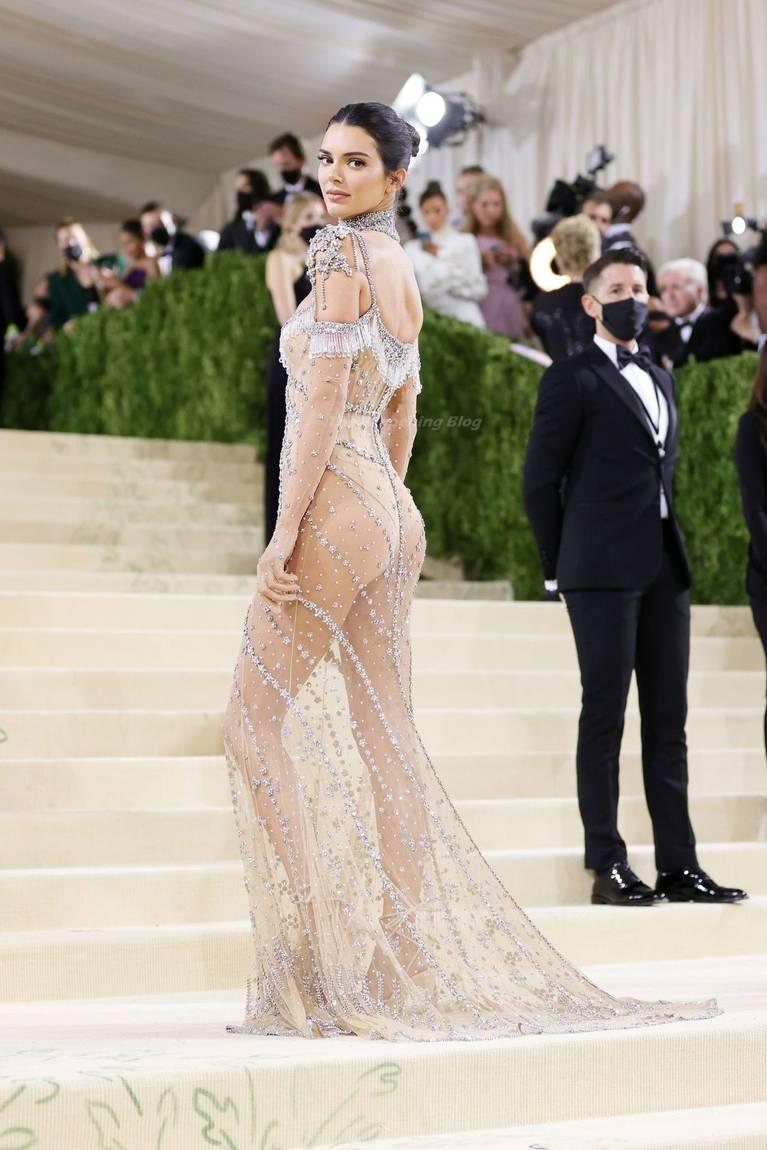Kendall Jenner Naked Dress 21