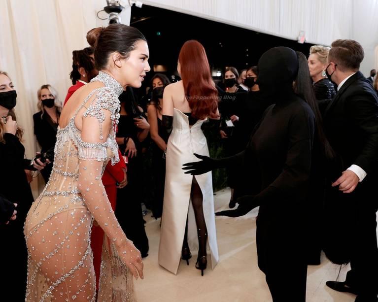 Kendall Jenner Naked Dress 23