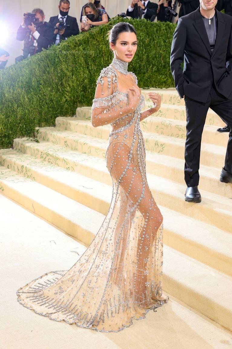 Kendall Jenner Naked Dress 26