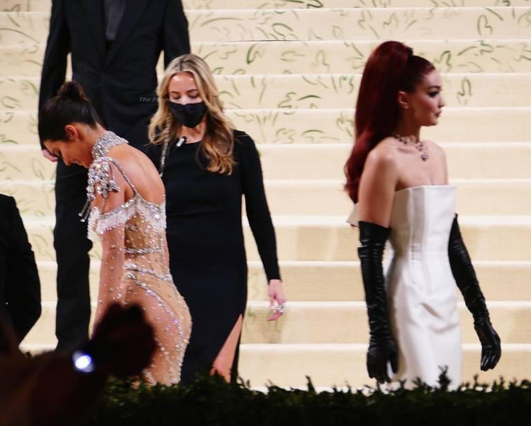 Kendall Jenner Naked Dress 35