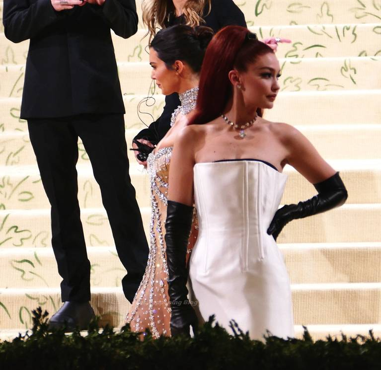 Kendall Jenner Naked Dress 46