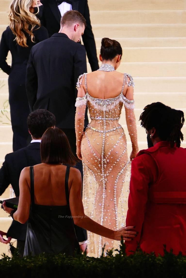 Kendall Jenner Naked Dress 56