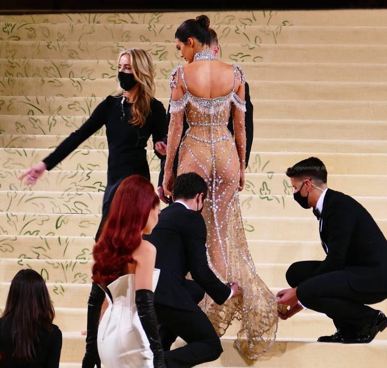 Kendall Jenner Naked Dress 61
