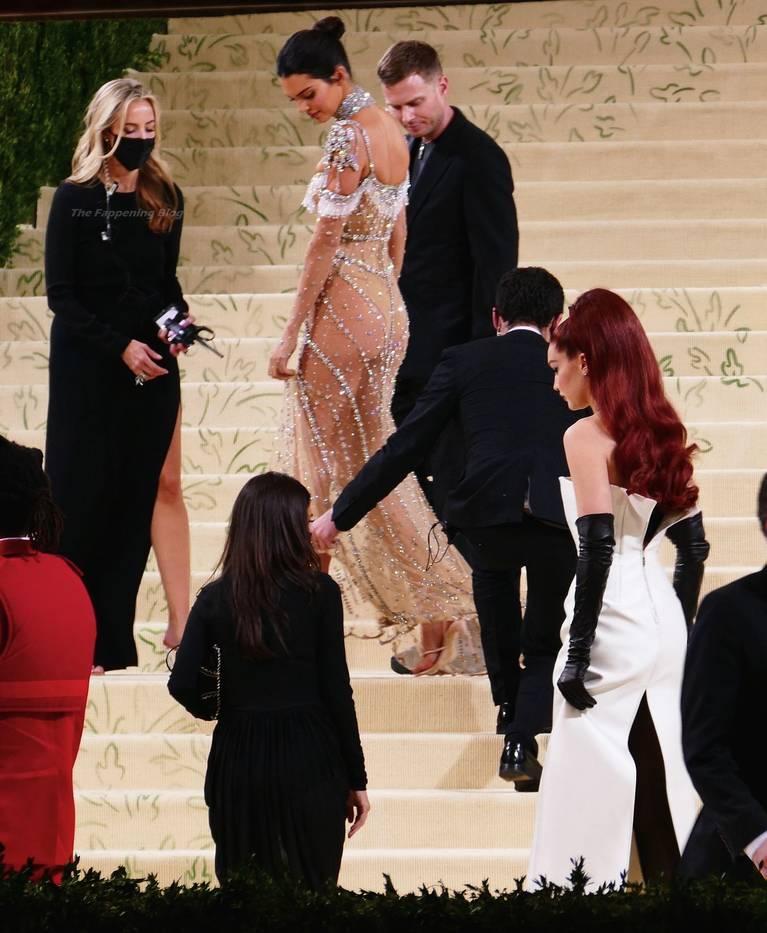 Kendall Jenner Naked Dress 62